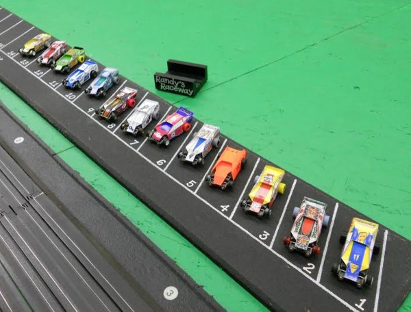 The starting grid at Randy's 14 racers